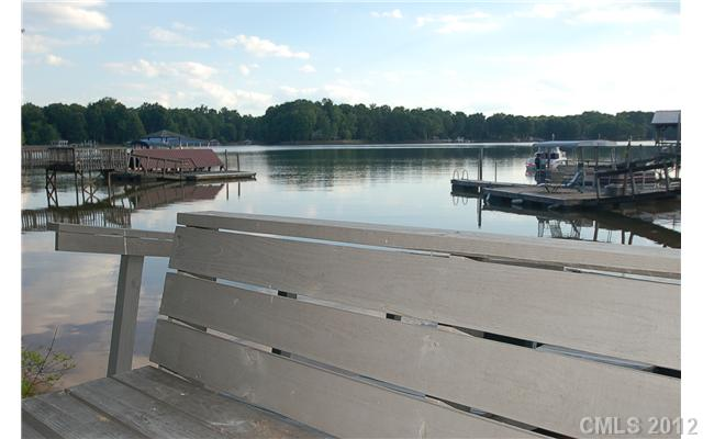 Lakefront Real Estate for sale in Biscayne Bay on Lake Norman
