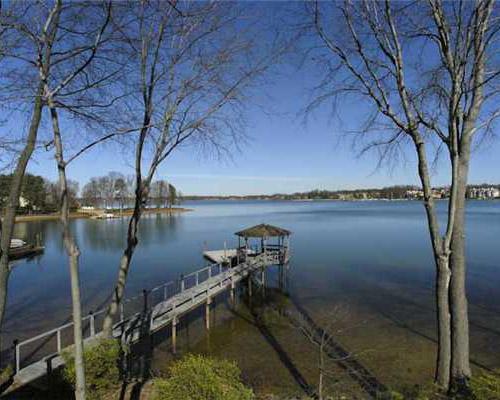 Norman Shores lakefront neighborhood on Lake Norman in Cornelius, NC