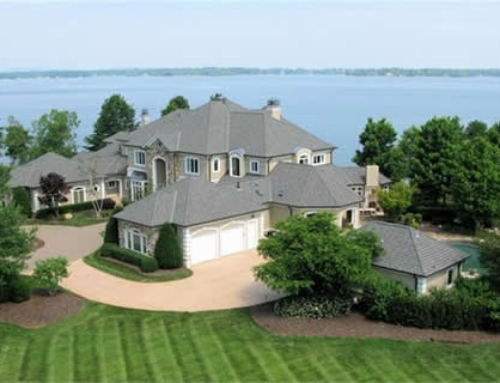 Lake Norman Lakefront Real Estate