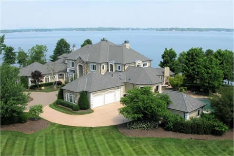 Lakefront homes for sale on Lake Norman