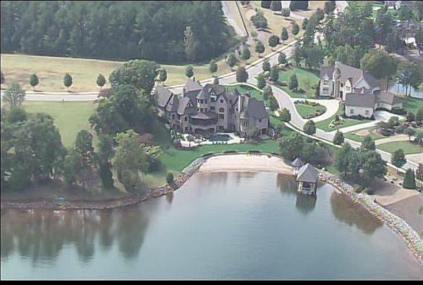 Lake norman luxury waterfront homes for sale for Luxury lake house