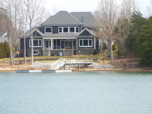Lake Norman Waterfront Homes 5 Yrs Old or Newer